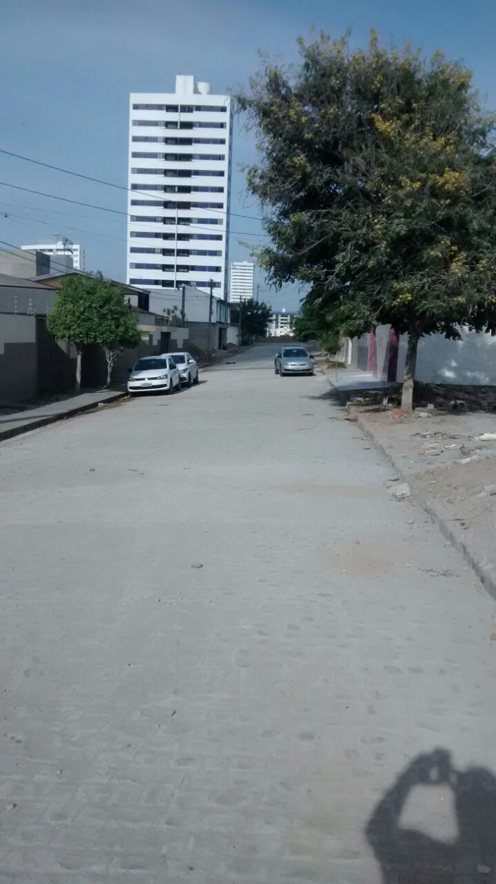 Rua Adélia, bairro Universitário
