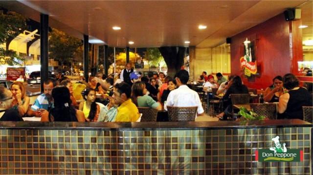 O restaurante fica localizado na Agamenon Magalhães