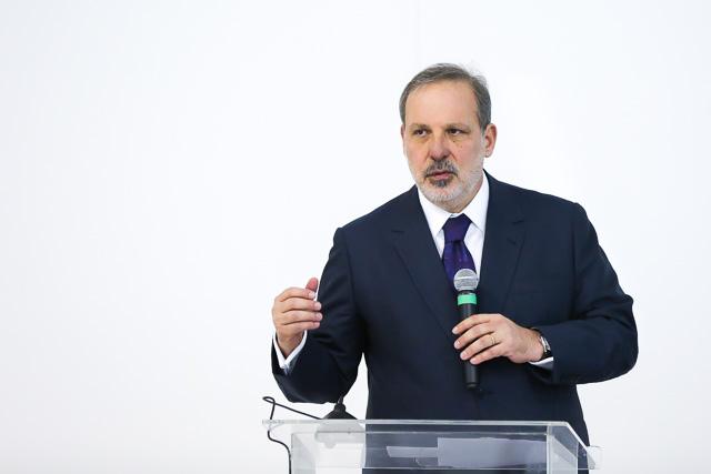 Ministro-Armando-Monteiro1