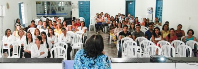 26_04_2016_Fórum_Municipal_do_Regimento_Escolar_Foto_Adriano_Monteiro_(01)