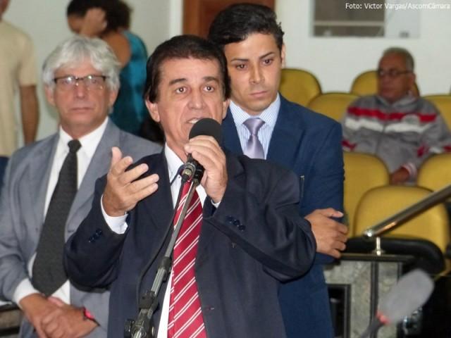 Leonardo Chaves cobra ação urgente no HRA - Foto Victor Vargas - AscomCâmara