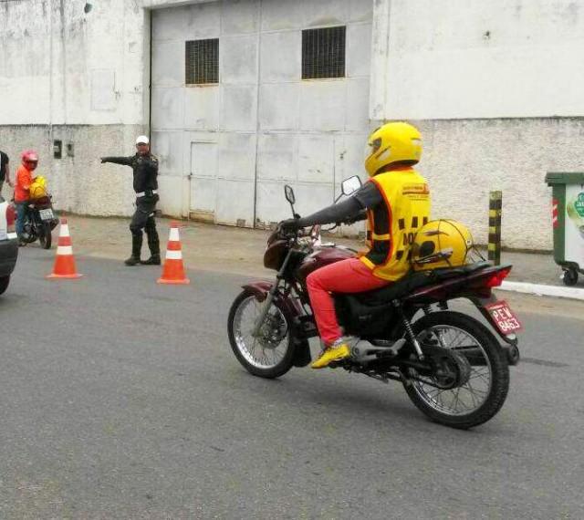 Fiscalizacao_Mototaxista(1)-27_02_15